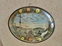 ancien cadre médaillon-verre bombé-la louvesc-fleurs séchées-antique reliquary