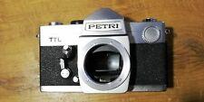APPAREIL PHOTO ARGENTIQUE ANCIEN VINTAGE BOITIER PETRI TTL - 1975 - JAPON