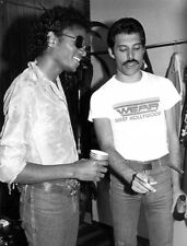 Freddie Mercury & Michael Jackson UNSIGNED photograph - L3022 - NEW IMAGE!!!!