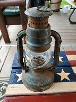 Vintage DIETZ LITTLE WIZARD Kerosene Lantern clear GLOBE SYRACUSE N.Y. U.S.A.