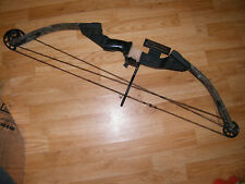 """Buck Knives (Champion) Saber Compound Bow RH w Whisker Biscuit Rest 55-60# 26"""""""