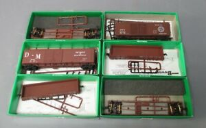 Bowser HO Flatcar, Gondola & Freight Car Lot [6]/Box