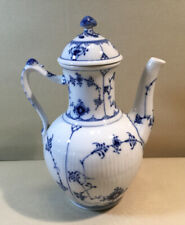 ROYAL COPENHAGEN Blue Fluted Half Lace Tea / Coffee Pot 519 EUC