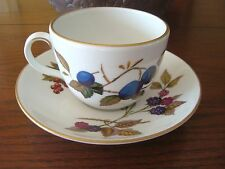 ROYAL WORCESTER CHINA EVESHAM GOLD PATTERN - CUP & SAUCER PORCELAIN PERFECT COND