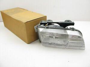 NOS - OEM GM - 1996-1998 Buick Skylark Right Passengers Side Headlight Head Lamp