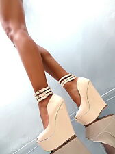 NEW WEDGE Sandalen Plateau Damen W21 Pumps Schuhe Beige Lack High Heels 38