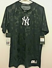 NWT NY Yankees Nike - Pro Combat Dri Fit Compression Fitted Shirt Mens Large