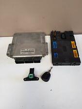calculateur UCH  espace 3 2l2 DCI 115 cv réf 7700115492/0281010178