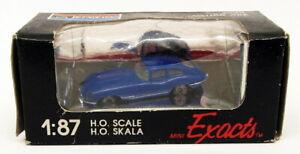 Monogram 1/87 Scale Model Car 2040 - Jaguar XKE - Blue