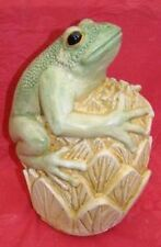GREEN TREE FROG  Concrete Home Garden Ornament Statue