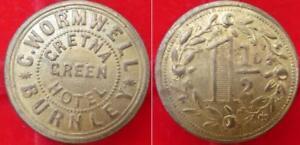 Lancashire, Burnley Gretna Green Hotel - C Wormwell / 1½D brass 24mm