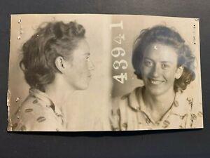 VINTAGE CRIMINAL MUG SHOT WOMAN 1930s