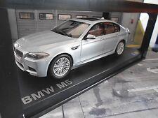 BMW 5er Reihe M5 V8 Biturbo F10 Limousine silber 2011 2016 Paragon Diecast 1:18