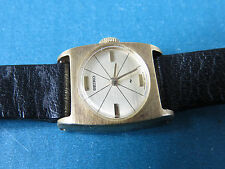 Vintage SEIKO Ladies Wrist Watch - Hand Wind Up Winding Leather Gold Tone 3N0161
