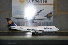 Dragon Wings 1:400 Lufthansa Boeing 747-400 D-ABVF (55156) Die-Cast Model Plane