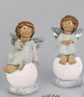 730831 Engel auf LED Kugel handbemalt 20cm aus Kunststein gefertigt