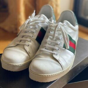 Gucci Ace Sneakers Men's size 9-D in in White with snake skin Green on back