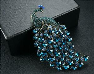 Woman Crystal Peacock Bird Blue Brooch Pin Pendant Gold-tone Party jewelry Gifts