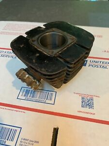 HODAKA ACE100 Engine Cylinder Motor.