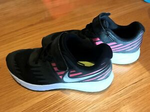 Nike Star Runner Girls Trainers Shoes Black, Pink, White Size 1 - Excellent