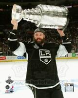 """Dustin Penner Los Angeles Kings Stanley Cup Trophy Photo (Size: 8"""" x 10"""")"""