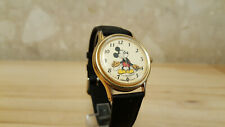 Lorus V515-6000 Disney Mickey Mouse moving arms wristwatch nice condition