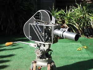 Vintage 1950s Kodak Professional Newsreel Camera w/Tripod, Cases