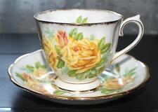 Vintage ROYAL ALBERT Bone China England YELLOW TEA ROSE Set Cup & Saucer #839056