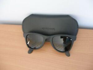 Carrera Sunglasses in Case Black Frames    -  (R70)