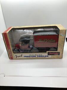 Ertl Ford 1918 Tractor Trailer True Value Hardware Diecast Bank 1:23 New NIB