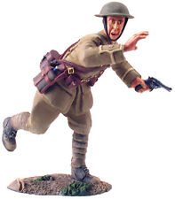 BRITAINS SOLDIERS WW1 23017 BRITISH INFANTRY  OFFICER ADVANCING No11916