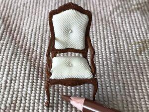 "Bespaq Walnut Arm Chair White Fabric HALF INCH 1:24  1/2"" Scale 4441"