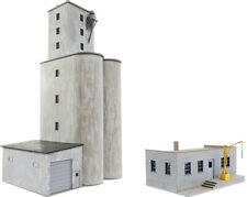 Walthers Cornerstone HO Scale Building/Structure Kit Prarie Co-op Grain Elevator