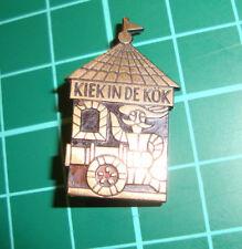 Kiek in de Kök Tallinn pin badge 60's speldje broche brooch