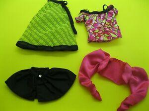 BARBIE BASICS CLOTHES / TOP MODEL CLOTHING PIECES X 4