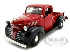 1941 PLYMOUTH PICKUP RED 1:24 DIECAST MODEL CAR BY MOTORMAX 73278