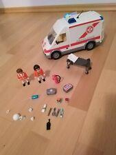 Playmobil Krankenwagen mit Blaulicht