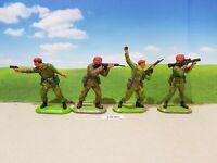 Britains Super Deetail Modern British Paratroopers - set of 4 (lot 2836)
