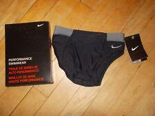 NWT NIKE PERFORMANCE Victory Colorblock Black/Gray Brief Swimwear Sz 22 Boys