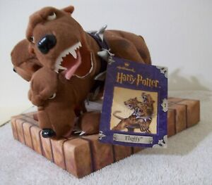 Hallmark 2000 Harry Potter Plush 3 Headed Beast (Fluffy) No Stickers