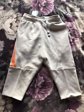 Nike Boys' Kids' Medium Tech Fleece Shorts AQ9677-043
