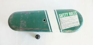 POWERMATIC 24 INCH SCROLL SAW COVER ASSEMBLY WITH KNOB.