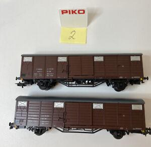 2 x Piko 5/6439 H0 DC Gedeckter Güterwagen RIV der DR Top