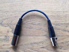 Adaptateur AKG (3pol. mini-XLR ta3m) sur Line 6 xd-v70/75/55 (4pol. mini-XLR ta4f)