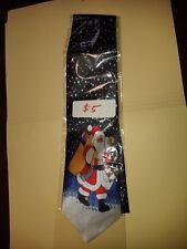 Christmas tie featuring santa claus.