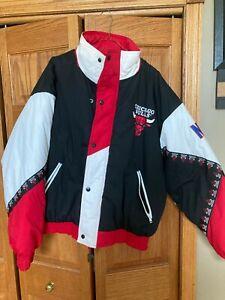 Vintage 90's Chicago Bulls Pro Player Winter Jacket (X-Large)