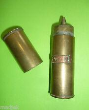 Artigianto trincea: Accendino in ottone,diametro 2,7cm,datato 1911,