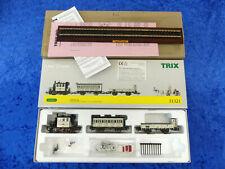 """TRIX H0, Nr. 31 321, Zug-Set """"Hochzeitszug"""" mit Glaskasten und 2 Länderbahnwagen"""