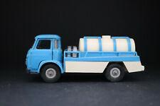 Camion Saviem transport de lait Norev