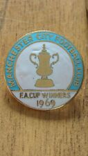 More details for very rare manchester city fa cup winners 1969 enamel badge by reeves
